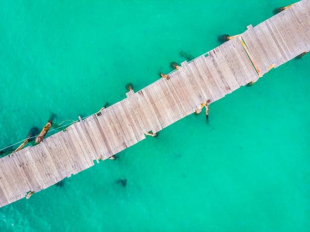 Vue aérienne, de, jetée Photo gratuit