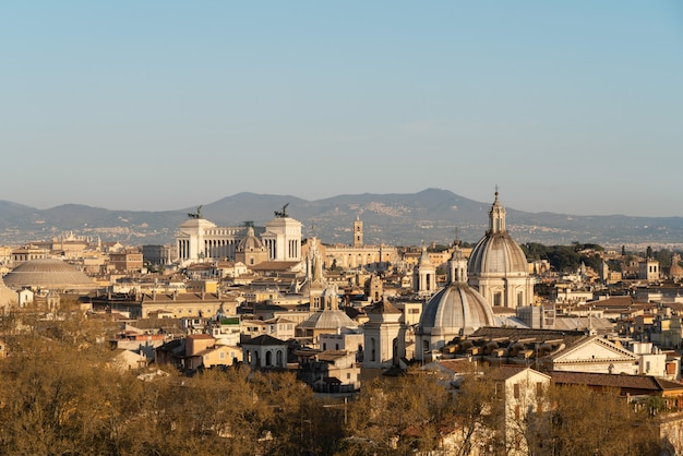Vue aérienne de la ville de rome Photo Premium