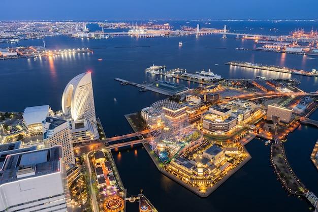 Vue aérienne de la ville de yokohama Photo Premium