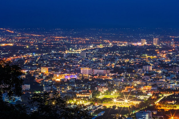 Vue sur le centre-ville de chiang mai Photo Premium