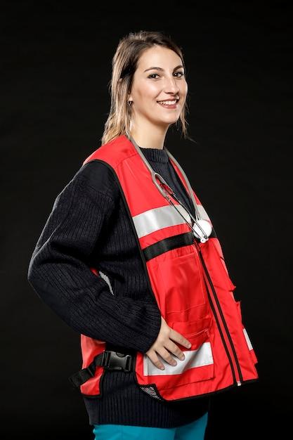 Vue Côté, De, Smiley, Femme, Ambulancier Photo gratuit