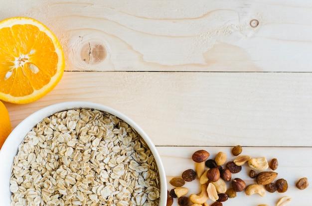 Vue de dessus des aliments sains sur la tabl Photo gratuit