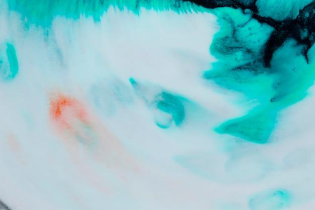 Vue de dessus de l'aquarelle sur une page blanche Photo gratuit