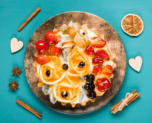 Vue De Dessus Assortiment De Gâteaux Aux Fruits Photo gratuit