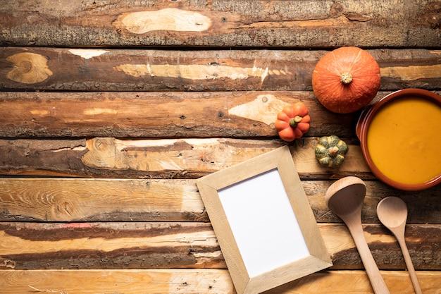 Vue de dessus automne cadre de la nourriture avec copie-espace Photo gratuit