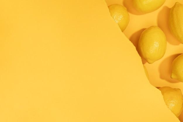 Vue de dessus bouquet de citrons avec espace de copie Photo gratuit