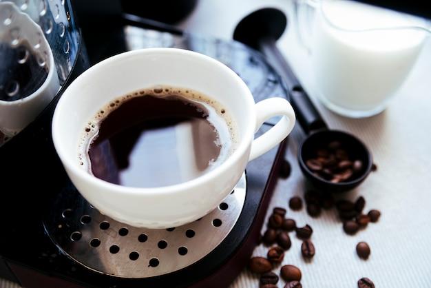 Vue de dessus café fraîchement moulu Photo gratuit