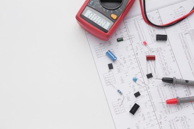 Vue De Dessus Des Composants électroniques Photo gratuit
