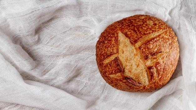 Vue de dessus cuit délicieux pain Photo gratuit