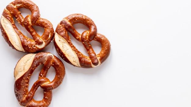 Vue De Dessus Délicieux Bagels Avec Des Graines Photo gratuit