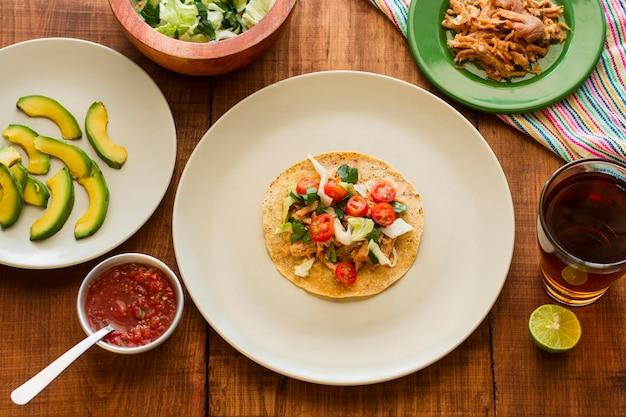 Vue De Dessus De Délicieux Ingrédients De Taco Photo gratuit