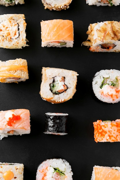 Vue De Dessus De Délicieux Sushis Sur La Table Photo gratuit