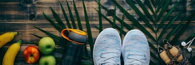 Vue de dessus du concept de style de vie actif fitness et entraînement en bonne santé. Photo Premium