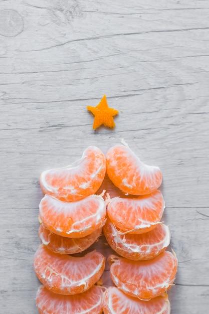 Vue De Dessus Du Sapin De Noël En Orange Photo gratuit