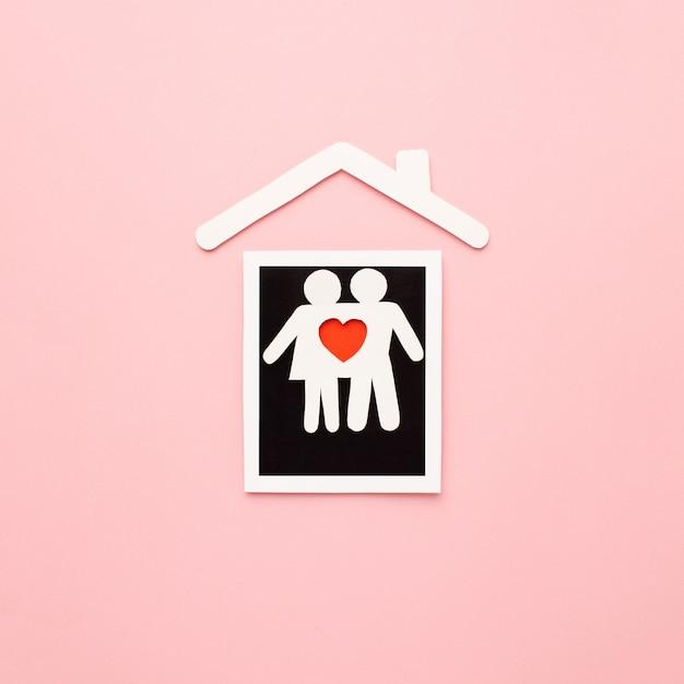 Vue De Dessus De La Famille De Papier Découpé Avec Photo Instantanée Photo gratuit