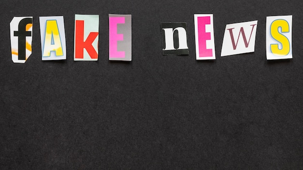 Vue De Dessus De Faux Message De Nouvelles Photo gratuit