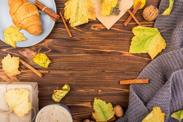 Vue de dessus des feuilles d'automne avec espace de copie Photo gratuit