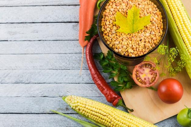 Vue de dessus des légumes avec espace de copie Photo gratuit