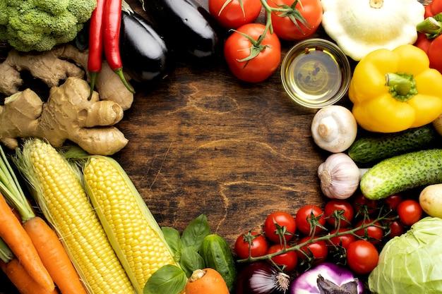 Vue De Dessus Tas De Composition De Légumes Frais Photo gratuit