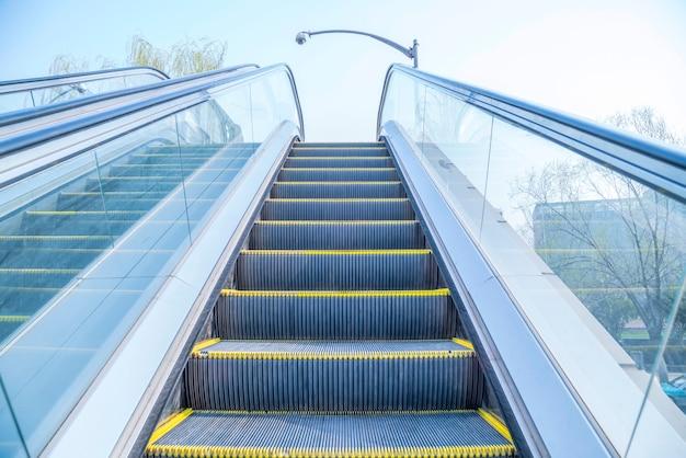 Vue Sur L'escalator Photo gratuit