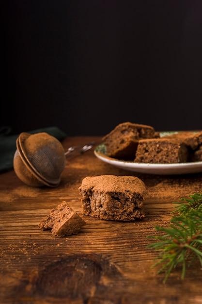 Vue De Face De Délicieux Brownies Au Chocolat Photo gratuit