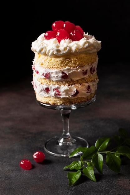 Vue De Face Du Concept De Délicieux Gâteau Photo Premium