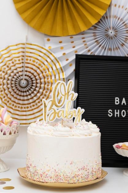 Vue De Face Du Concept De Gâteau De Douche De Bébé Photo gratuit