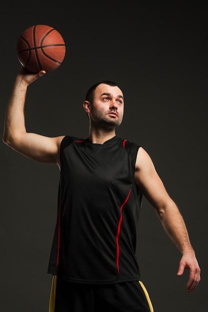 Vue Frontale, De, Joueur Masculin, Lancer, Basket-ball Photo gratuit