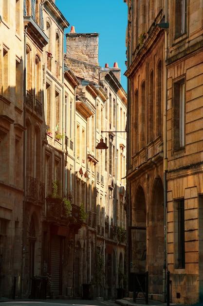 Vue Sur Les Hauts Bâtiments Anciens Photo Premium