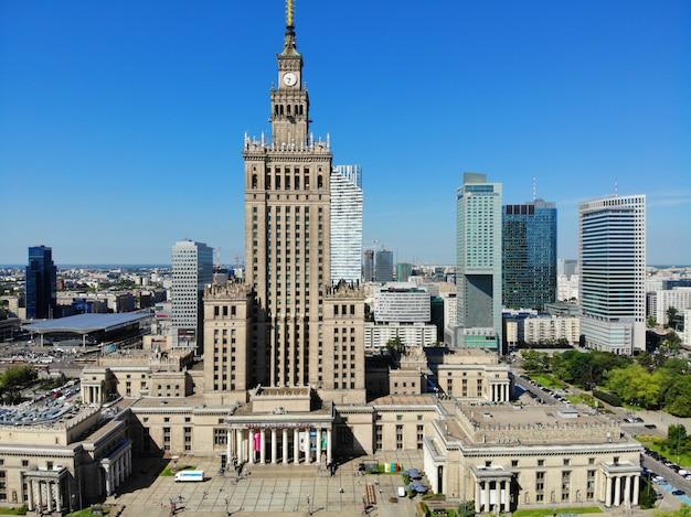 Vue Imprenable D'en Haut. La Capitale De La Pologne. Varsovie. Photo Premium