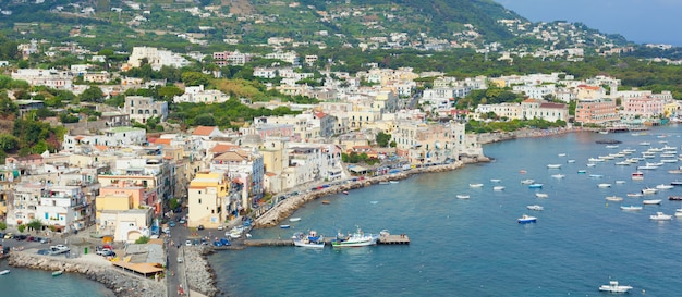 Vue d'ischia ponte Photo Premium