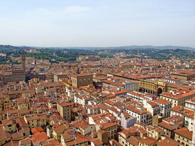 La Vue Sur Les Maisons Anciennes à Florence, Italie Photo Premium