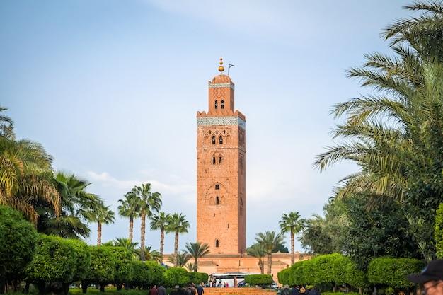 Une vue de la mosquée koutoubia. marrakech, maroc. Photo Premium