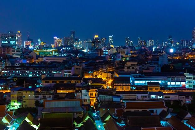 Vue De Nuit Sur La Ville De Bangkok Photo Premium