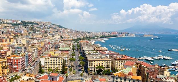 Vue panoramique de naples depuis posillipo Photo Premium