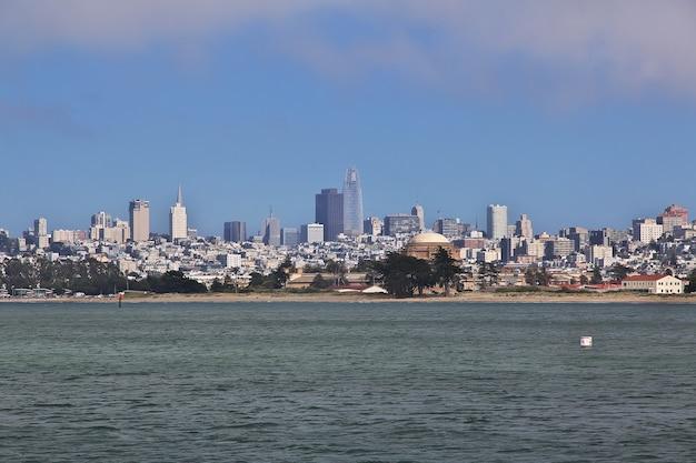 La Vue Sur San Francisco Sur La Côte Ouest Des états-unis Photo Premium