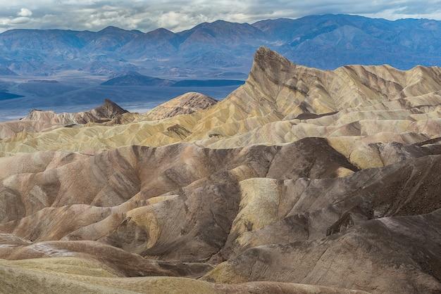 Zabriskie Point Dans Le Parc National De Death Valley Photo Premium