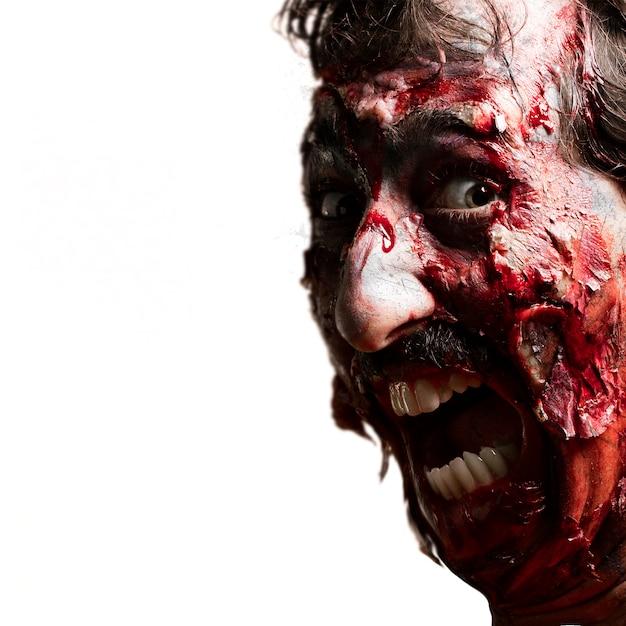 Zombie Avec La Bouche Ouverte Photo gratuit