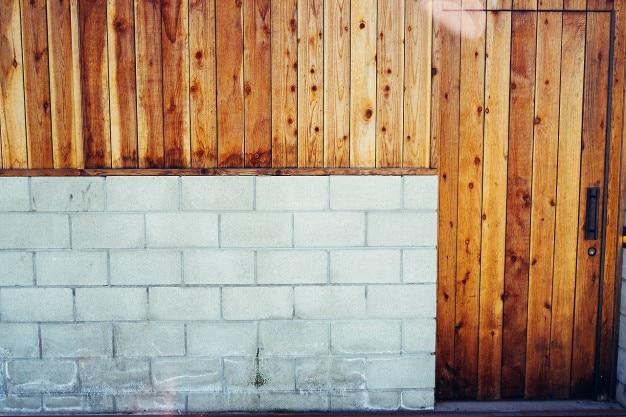 Bloc de b ton et porte de garage en bois t l charger des for Garage bloc beton