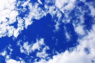 Dans les soupirs de l'heure  (Tanka) Ciel-nuage_19-121683