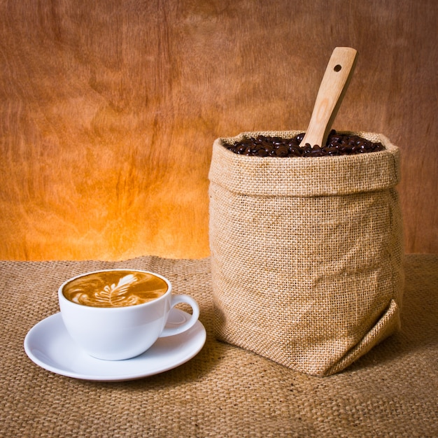 Haricot sac tasse grains de l 39 agriculture t l charger - Sac de cafe en grain ...