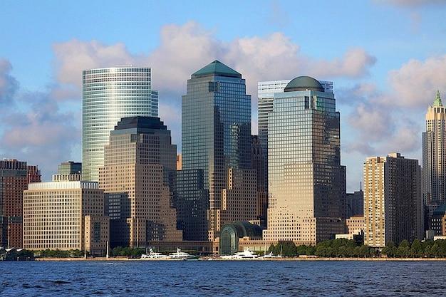 Island manhattan tour de la ville new york building for Ville a new york