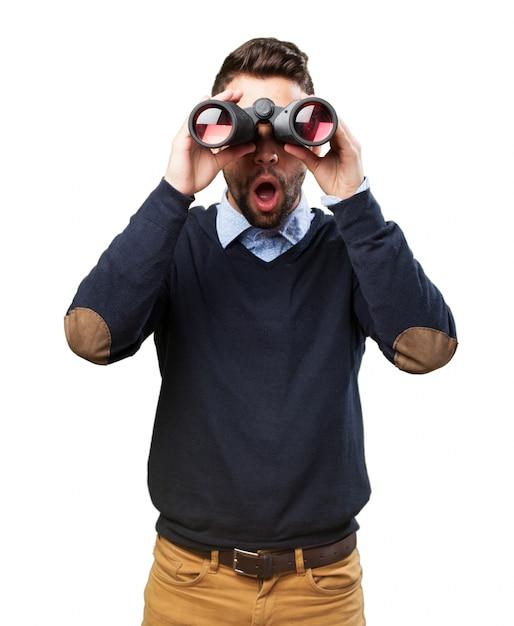 Jeune homme en état de choc Photo gratuit