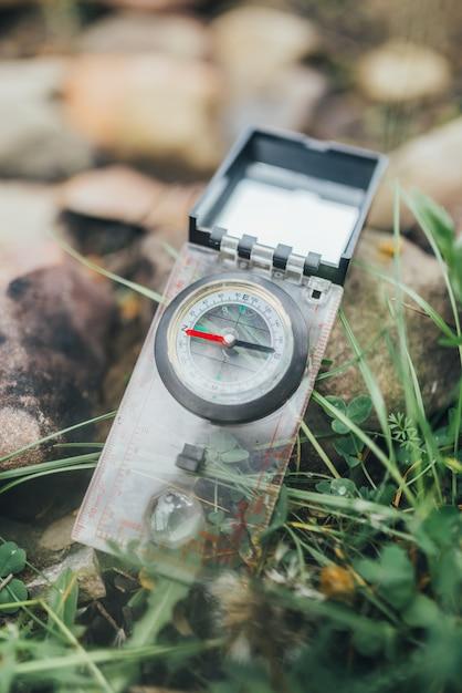 Paysage, compas, fond, randonnée, eau Photo Premium