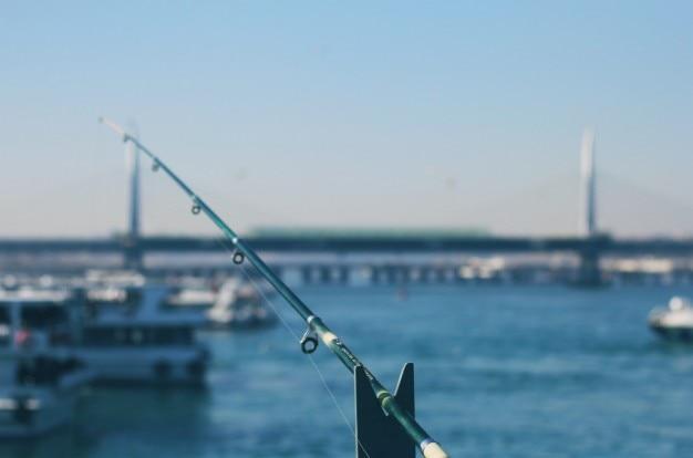 Je prendrai la ligne et jirai à la pêche