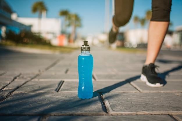 Personne qui court la boisson bleue t l charger des photos gratuitement - Quantite boisson par personne ...