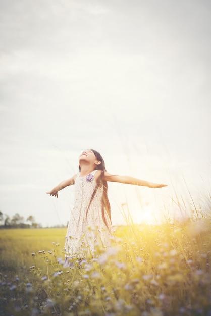 Fleur du soleil vecteurs et photos gratuites - Fleur du soleil ...
