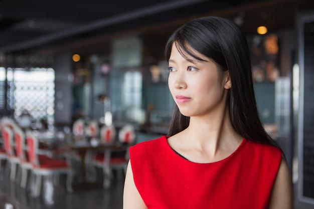 portrait de profil belle jeune femme asiatique t l charger des photos gratuitement. Black Bedroom Furniture Sets. Home Design Ideas