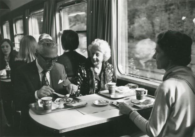 cougar le rencontre de rencontre dans train  La