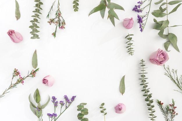 surface avec des fleurs et espace